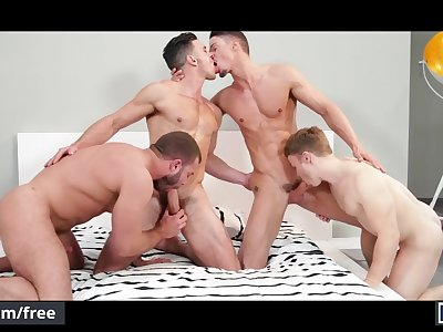 Diego Reyes and Paddy O'Brian and Skyy Knox and Gabriel Cross - Mencom