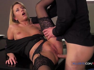 Slutty French Blond Kelly Pix loves anal sex